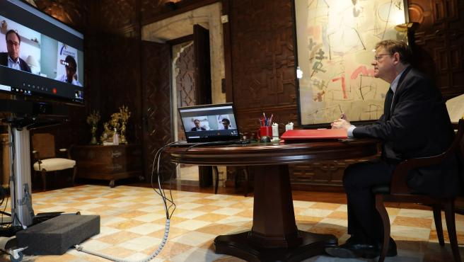 Ximo Puig se ha reunido este lunes con los responsables de Hacienda, Vicent Soler, y Turismo, Francesc Colomer.