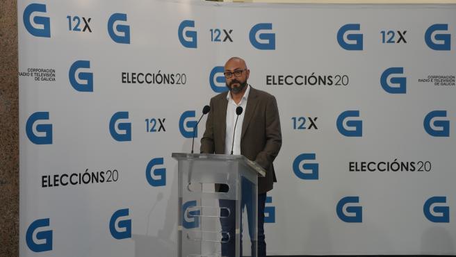 El candidato a la Presidencia de la Xunta de Vox, Ricardo Morado, llega al debate televisivo a siete organizado por la radiotelevisión gallega (CRTVG), el único debate electoral programado en la campaña, en Santiago de Compostela.