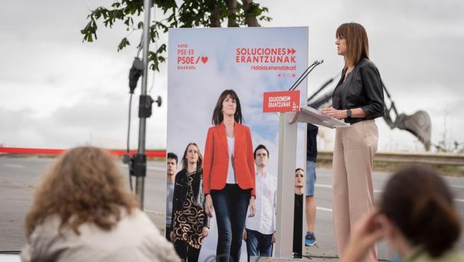 Mendia (PSE-EE) propone aprovechar la crisis para 'transformar' la economía vasca y crear empleos 'con derechos'