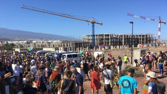 Movilizaciones ciudadanas en contra de la construcción de un hotel en La Tejita
