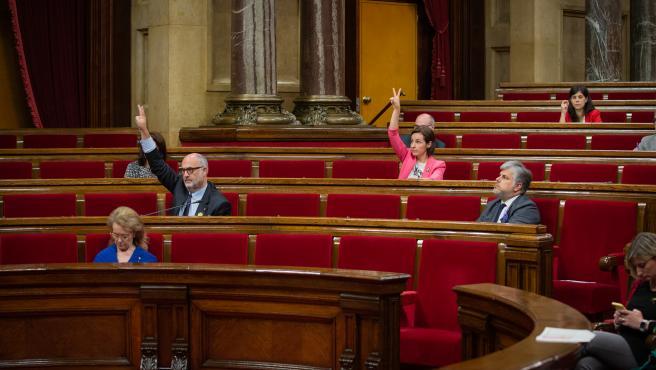 Imagen tomada durante el pleno del Parlament de este viernes, 3 de julio de 2020.