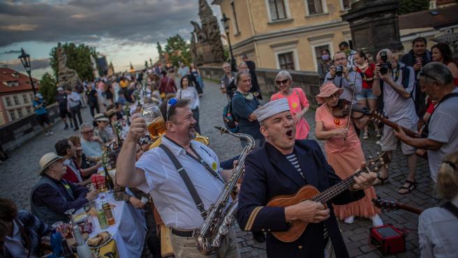 Imagen de la fiesta celebrada en Praga