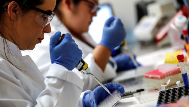Brasil autoriza ensayos de la vacuna contra el Covid-19.