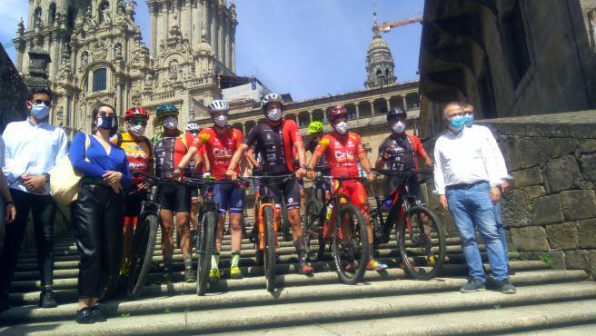 El equipo 'Investigación es Vida' llega a Santiago de Compostela