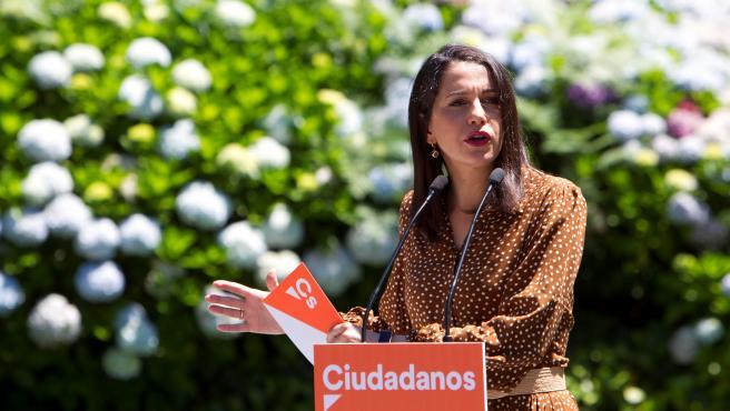 La líder de Ciudadanos, Inés Arrimadas, en un mitin en Vigo.