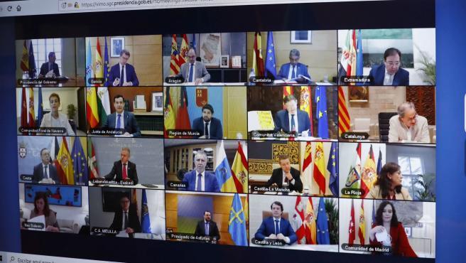 Imagen de una videoconferencia de todos los presidentes autonómicos y Pedro Sánchez durante la pandemia.