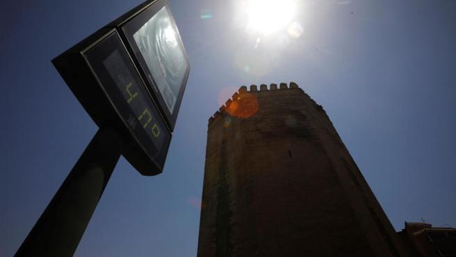 Un termómetro marca 40 grados en Córdoba.