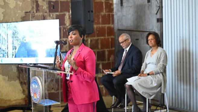 La alcaldesa de Atlanta (EE UU), Keisha Lance Bottoms.