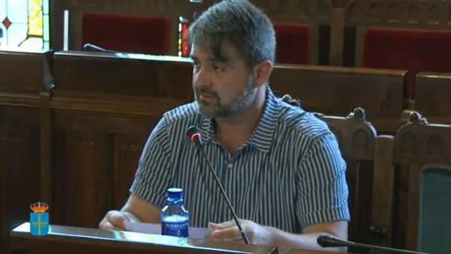 José Emilio Fernández Núñez, gerente del Residencial Viella.