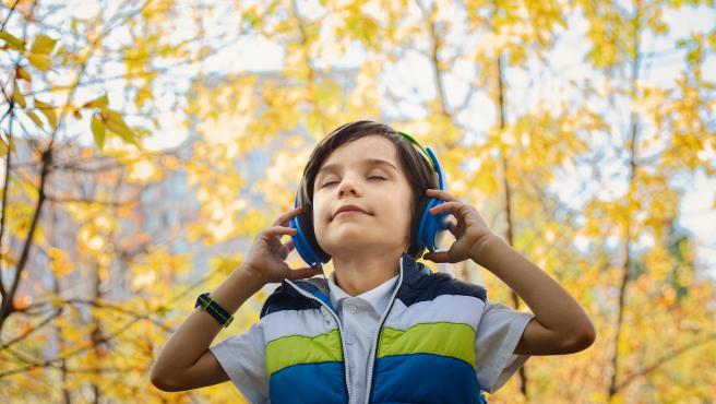 El rock ayuda a los niños a adquirir más habilidades sociales y en el lenguaje.