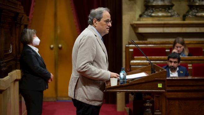 El president de la Generalitat, Quim Torra, durante su intervención en el pleno monográfico en el Parlament sobre la gestión de las residencias durante la pandemia de la Covid-19
