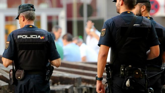 Imagen de recursos de agentes de Policía Nacional.