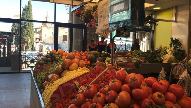 Puesto de frutas y verduras en el Mercado Central
