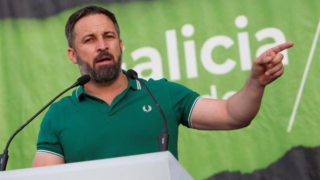 El presidente y líder de Vox, Santiago Abascal, durante un mitin en Vigo.