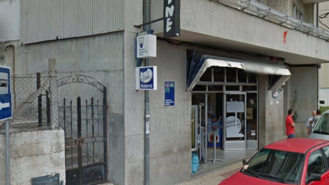 Despacho receptor de lotería 55.565 en Celanova (Ourense).