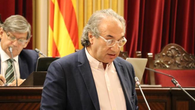 El cnseller de Educación, Martí March, en el Parlament.