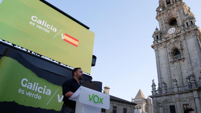 El presidente de Vox, Santiago Abascal, durante un acto electoral de Vox en Santiago de Compostela (A Coruña), a 9 de julio de 2020
