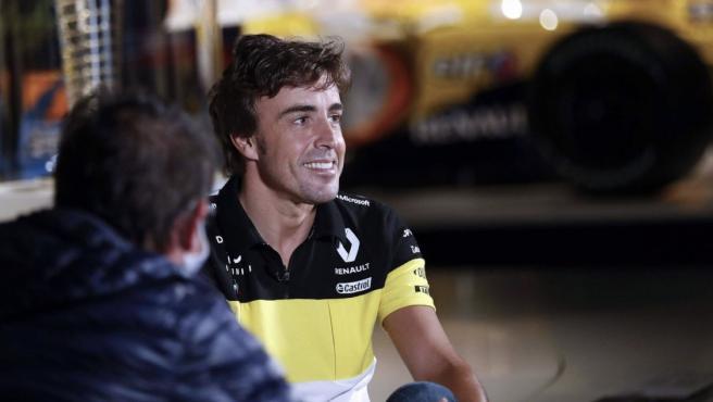 Fernando Alonso, con la ropa de Renault