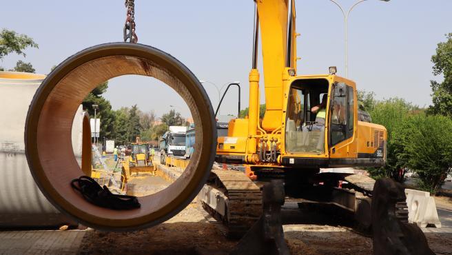 Horizonte.-Emasesa finalizará en septiembre la obra del tramo de red que colapsó en Luis Uruñuela