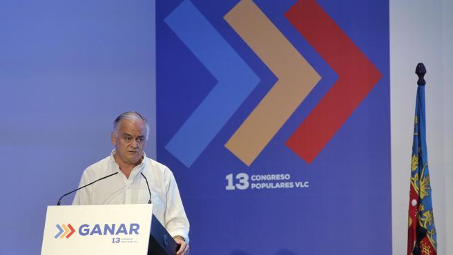 El eurodiputado Esteban González Pons interviene en el 13 Congreso del PP de València