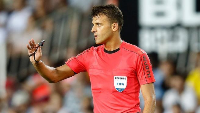 El árbitro español del colegio extremeño.