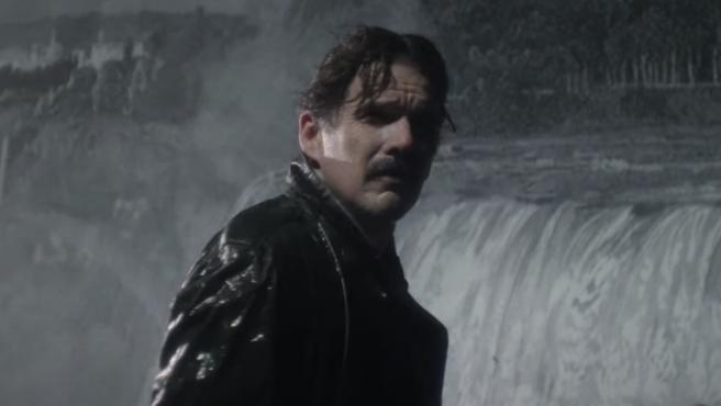 Ethan Hawke es 'Tesla': tráiler de la nueva película que explora la rivalidad del inventor con Edison
