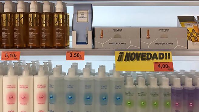 Ampollas faciales Prevent Age Skin con proteoglicanos en un lineal de Mercadona.