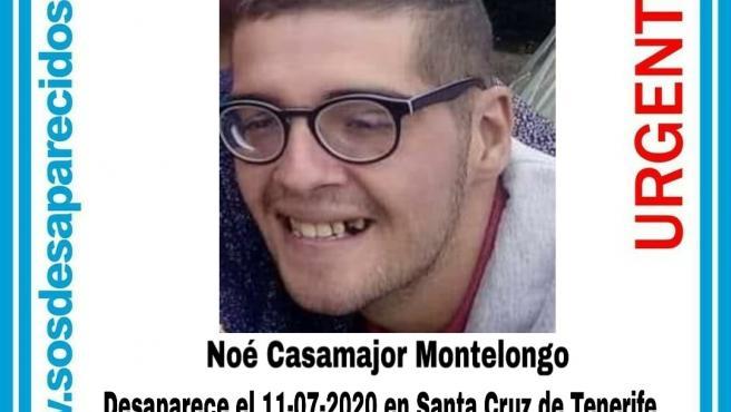Cartel con una fotografía y los datos de Noé Casamajor Montelongo, desaparecido en Santa Cruz de Tenerife