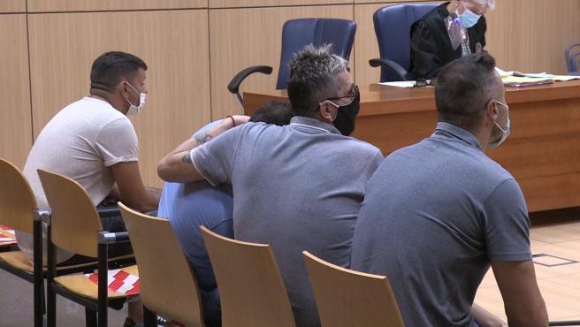 Els germans Anglés i un quart acusat d'extorsió a València