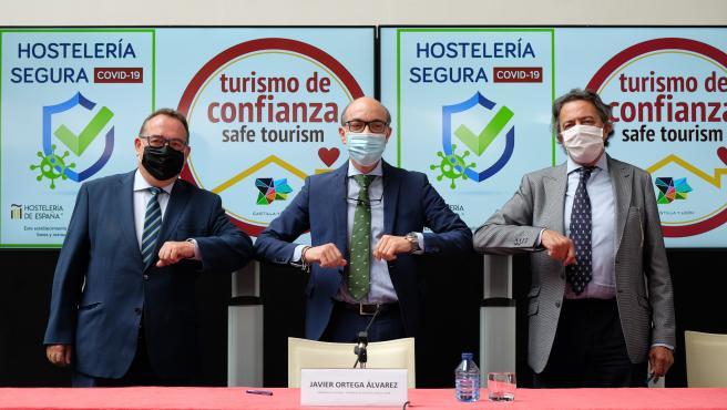 La Junta promoverá el turismo seguro y de confianza en colaboración con los empresarios de hostelería de España y CyL