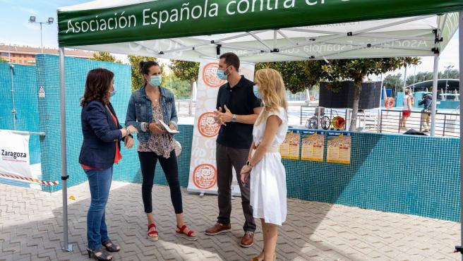 Las piscinas municipales se implican en la prevención del cáncer de piel con la campaña 'Sol sin riesgo'