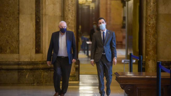 Torrent y Maragall en el Parlament, este miércoles.