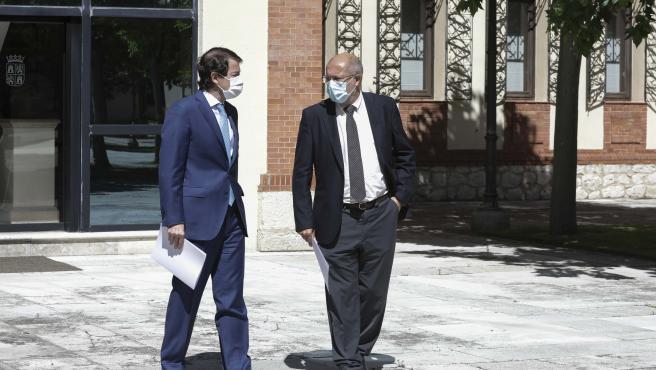 El presidente de la Junta, Alfonso Fernández Mañueco, y el vicepresidente, Francisco Igea