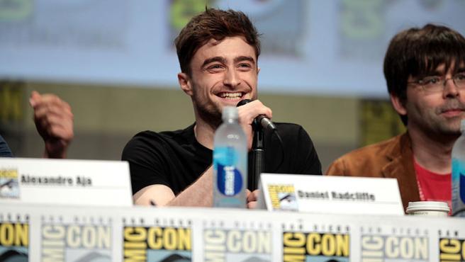 Daniel Radcliffe hablando en el Comic Con International de San Diego 2014. Foto Gage Skidmore. Wikimedia Commons