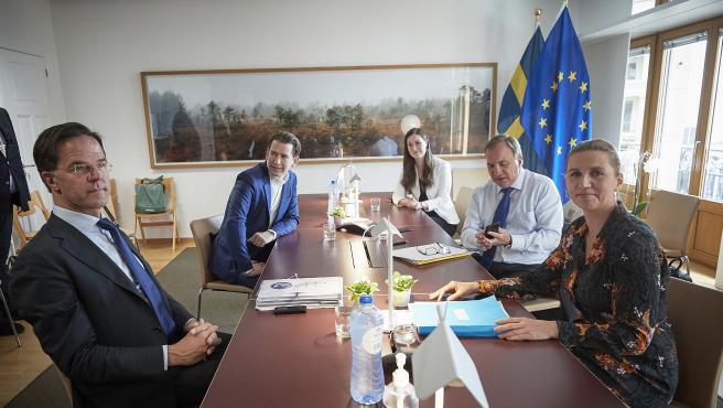 El primer ministro holandés, Mark Rutte; el canciller austriaco, Sebastian Kurz, la primera ministra finlandesa, Sanna Marin; la primera ministra danesa, Mette Frederiksen, y el priomer ministro sueco, Stefan Loefven.