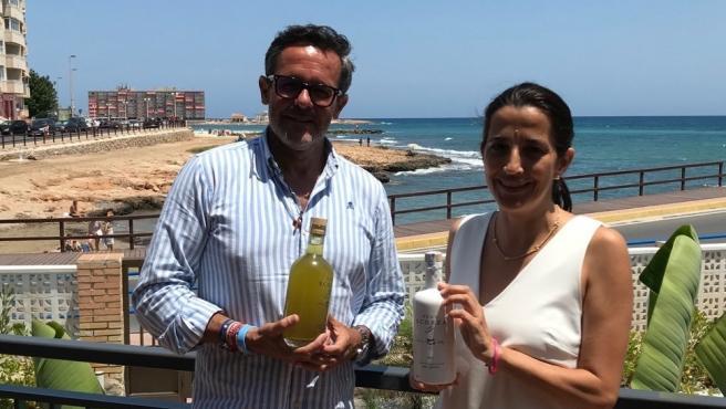 El licor desarrollado por la UMH con limones de la Vega Baja.