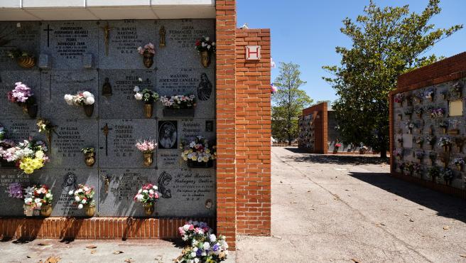 Nichos del Cementerio Sur-Carabanchel de Madrid.