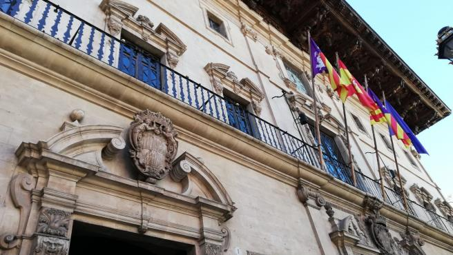 Fachada del edificio del Ayuntamiento de Palma en la Plaza de Cort.