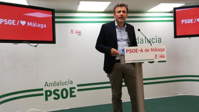 Ignacio Lopez (PSOE) en rueda de prensa en Malaga capital