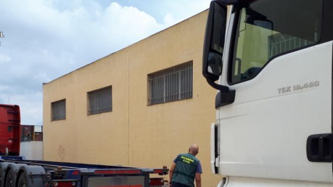 La Guàrdia Civil deté 2 persones implicades en més de 8 robatoris en camions en polígons industrials de la província de València