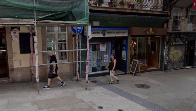 Imagen de una administración de Loterías en A Coruña.