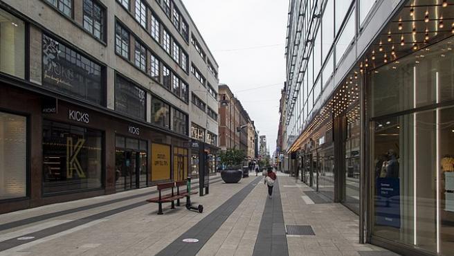 Una calle de Estocolmo durante la pandemia de COVID-19.