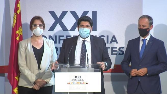 El presidente de la Región de Murcia, Fernando López Miras, en la rueda de prensa posterior a la Conferencia de Presidentes