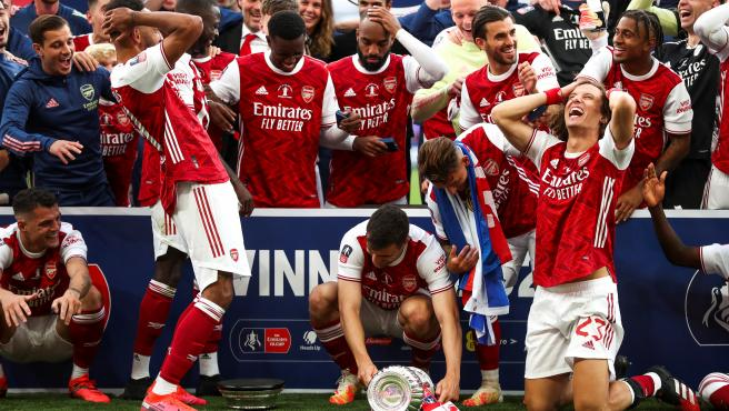 El club 'gunner' celebra su victoria en la FA Cup.