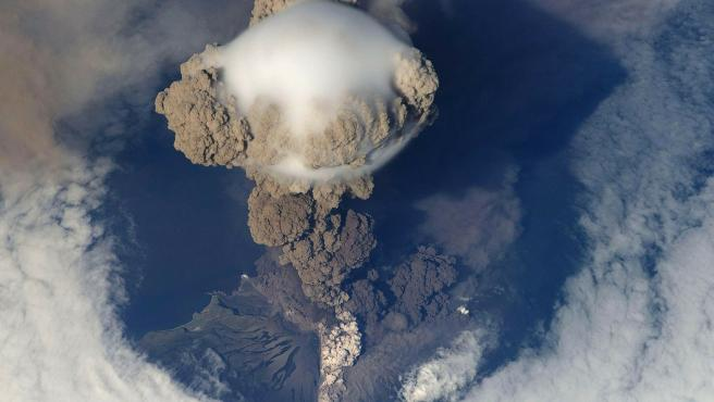 Imagen de una erupción volcánica.