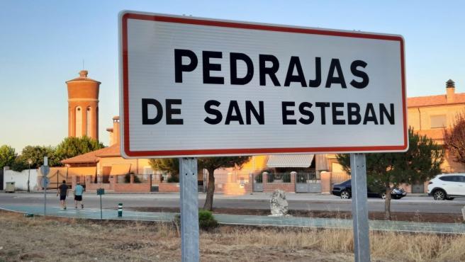 Entrada al municipio vallisoletano de Pedrajas.