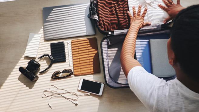 Preparar una maleta ordenada nos garantiza que entre todo lo que queremos llevar.