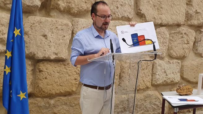 El concejal de Podemos en el Ayuntamiento de Córdoba, Juan Alcántara, en una imagen de archivo.