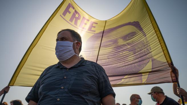 El líder de ERC, Oriol Junqueras, en la comparecencia que él hace con los otros presos del 1-O antes de su nuevo ingreso en prisión.