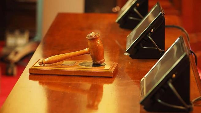 Fotografía tomada en un juicio.